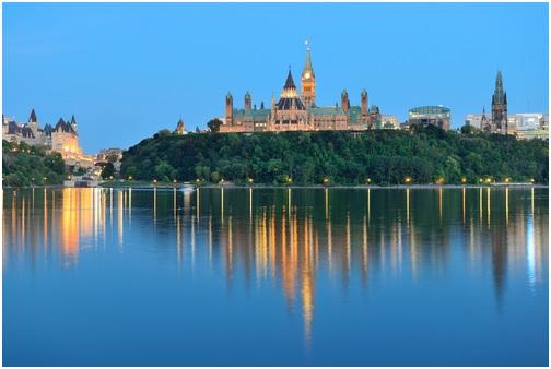 канада мирная страна
