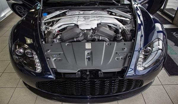 Aston Martin V12 Zagato-2