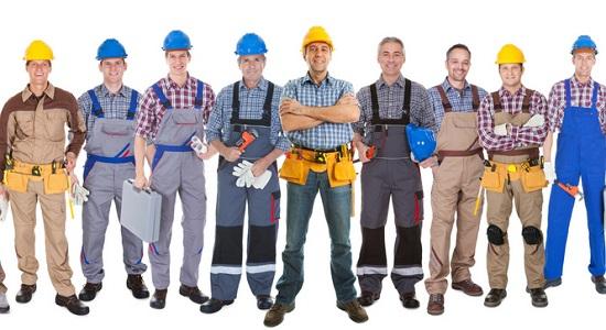 нанять строительную бригаду