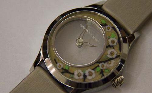 современные прозрачные часы